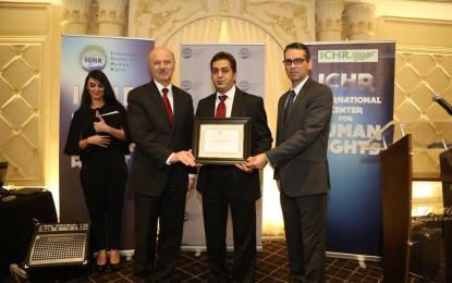 محمد اولیایی فرد برنده جایزه مرکز بین المللی حقوق بشر در کانادا شد