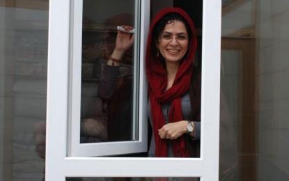 جایزه حقوق بشر کانون مدافعان حقوق بشر به بهاره هدایت در زندان اوین اهدا شد