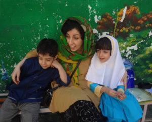 نرگس محمدی در پی ممنوعالخروج شدن خواهرش: قوه قضاییه، آشکارا بهجای عدالتگستری به عدالتستیزی روی آورده است