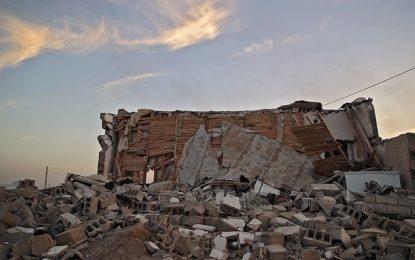زلزلهزدگانی که حاضرند برای مرمت خانه کلیه خود را بفروشند