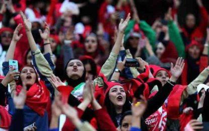 زنان فقط برای مسابقات ملی میتوانند به ورزشگاه بروند