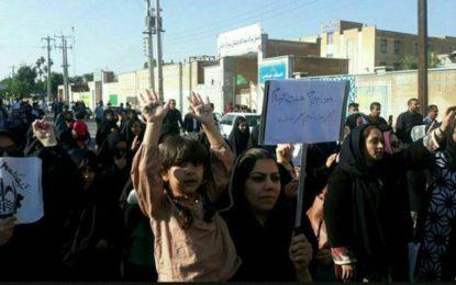۱۴ تن از کارگران نیشکر هفتتپه بازداشت شدند